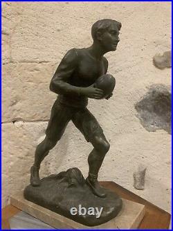 Ancien sculpture régule sport RUGBY 1900 Art Nouveau Signé H. FUGERE 35 cm france