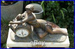 Ancienne Horloge Sculpture Femme Reveuse Regule Sur Marbre D'apres Guillemin