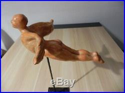 Ancienne sculpture homme ailée en Terre cuite Art Nouveau Art Déco Signé