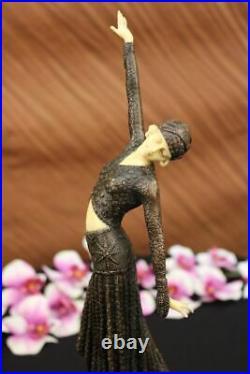 Art Déco Nouveau Step Danseuse Par Chiparus Lost Cire Méthode Bronze Sculpture