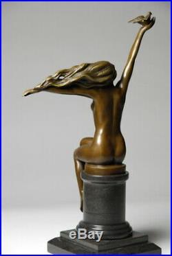 Art Nouveau Belle sculpture signée A. Gennarelli- bronze d'art Envoi gratuit