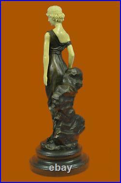 Art Nouveau Déco Romain Fille Avec Faux OS Bronze Sculpture Lost Cire Figurine