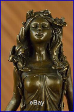 Art Nouveau Doré Bronze Sculpture De Un Jeune Fille Chair Par Aldo Vitaleh