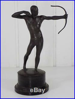 Art Nouveau Figure de Bronze Guerrier avec Arc Sculpture Figurine Base en Bois