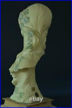 Art Nouveau Sculpture Ancienne terre cuite L' Amitié Portrait lierre Coudray