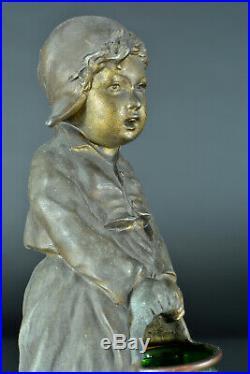 Belle sculpture art nouveau signé Giuseppe D'ASTE Jeune fille au chaudron