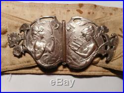 Boucle ceinture ancienne art nouveau 1900 sculpture femme fleur métal argenté
