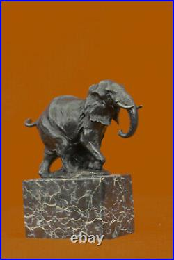 Bronze Sculpture, Main Fabriqué Statue Art Nouveau Signée Milo Abstrait Éléphant