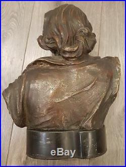 Buste'La forez' en bronze, signé Madrassi Art Nouveau C. 1910