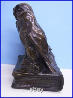 Chouette / 3 Hiboux Sur Livre Assis Art Nouveau Sculpture Um 1915 Plâtre
