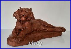 Cocry Martel Lion couché L. 68 cm Tere cuite ca 1920 art nouveau
