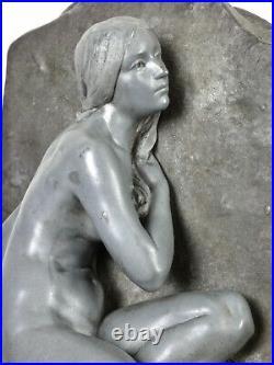 G. OBIOLS (1858-1910) Sculpture en étain Andromède enchainée Art Nouveau