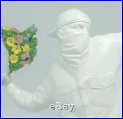Graffiti Artist Banksy Flower Bomber céramique Art Statue Sculpture Medicom