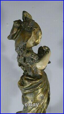 Grande Sculpture Art Nouveau, Femme Au Chapeau Et Vigne, Signée Renard