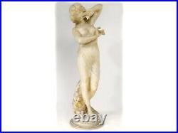 Grande sculpture albâtre femme nue nymphe Vénus fleurs Art Nouveau XIXème