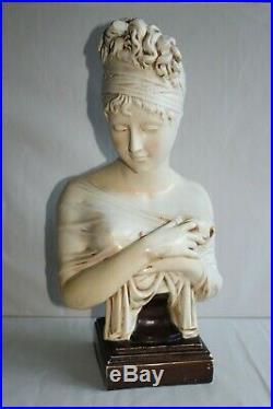 Grande sculpture en terre cuite Art Nouveau Madame De Récamier Hauteur 52 cm
