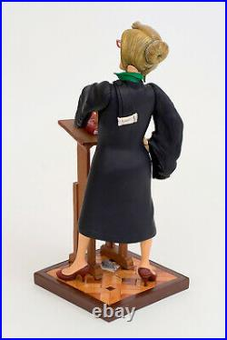 Guillermo Forchino Comic Art Lady Avocat Rechtsanwältin Sculpture FO85514