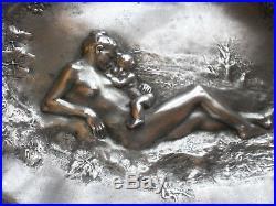 LEDRU 1860 1902 Plat étain art nouveau Femme & enfant nu & pampres SUSSE Frère