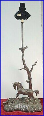 Lampe De Table. Sculpture En Métal Argenté. Vingtième Siècle