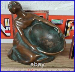 Ma Bronze Sculpture Art Nouveau Femme Signé M. A. Ou A. M. Figurine Panier Femme
