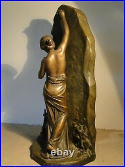 Sculpture Art Nouveau en régule L'immortalité signé Julien Caussé (1869- 1914)