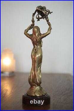 Sculpture Statuette en bronze Lampe Art Nouveau Signée Henry Fugere