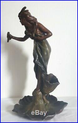 Sculpture régule femme fleur 1900 Art Nouveau