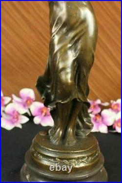 Signé Vitaleh Réalisme Abstrait Bronze Sculpture Nu Homme Terre Globe Statue Art