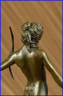 Statue Sculpture Diane Chasseresse Art Déco Style Nouveau Bronze Lost Cire