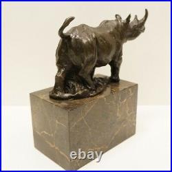 Statue Sculpture Rhinoceros Animalier Style Art Deco Style Art Nouveau Bronze ma