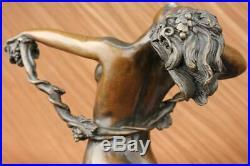 The Vigne Beau Chair Art Déco Nouveau Bronze Statue Sculpture Nouveau Décor