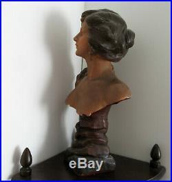 Tres joli buste polychrome art nouveau signé L. Goyeau
