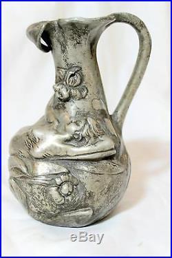 Verseuse en étain Art Nouveau signée Garnier Magnifiques sculptures
